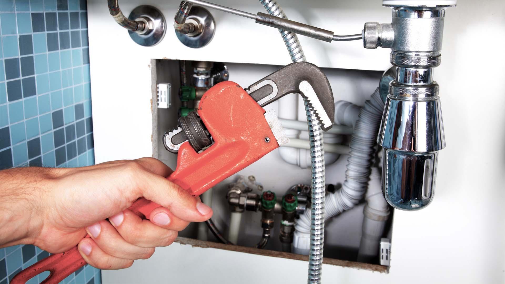 Une intervention d'un plombier disponible sur Paris